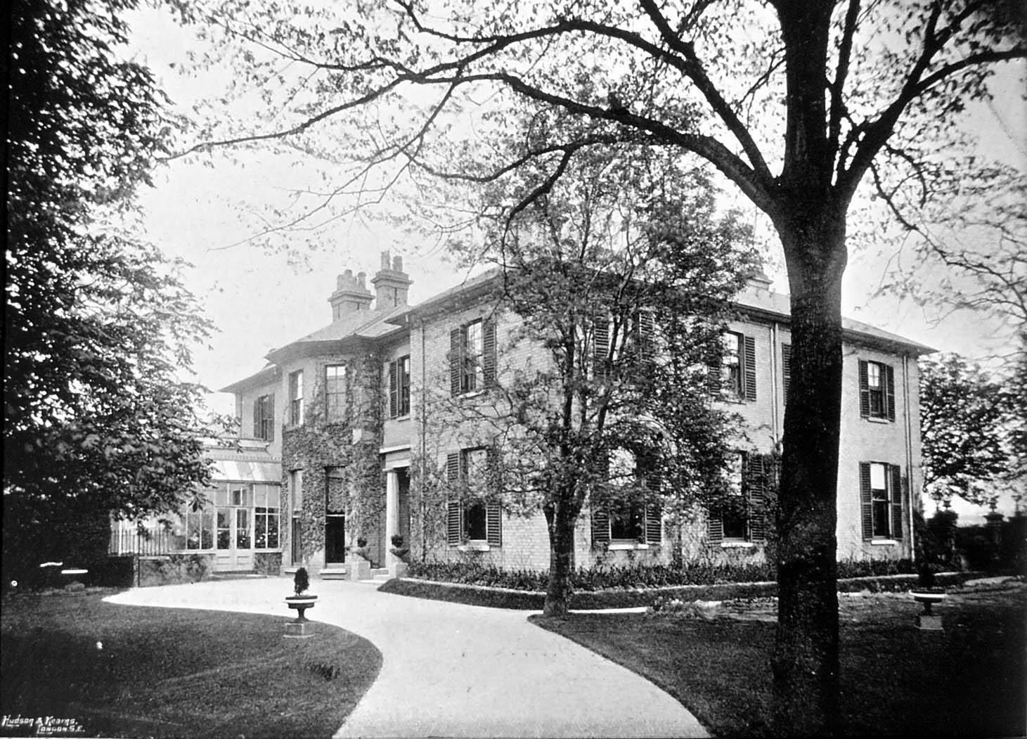 The dawson family newmarket for The warren house
